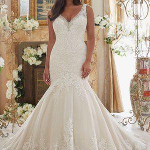 Wedding Dress Morilee Bridal Size 22